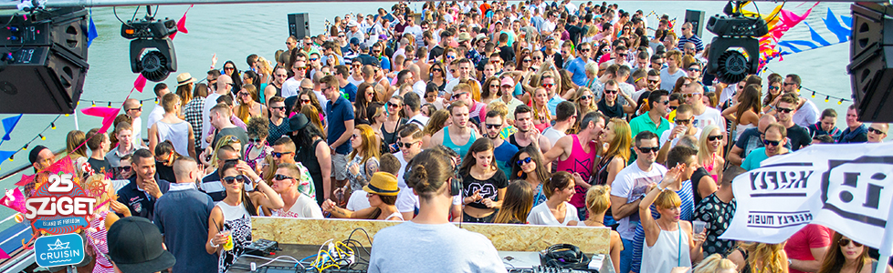 sziget boat party