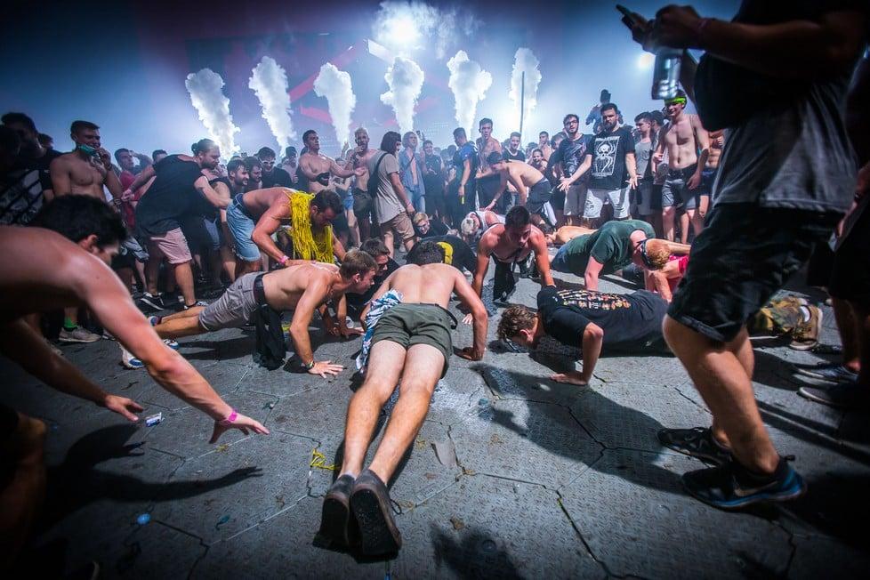 https://cdn2.szigetfestival.com/cszlxl/f851/ua/media/2019/08/bestof17.jpg