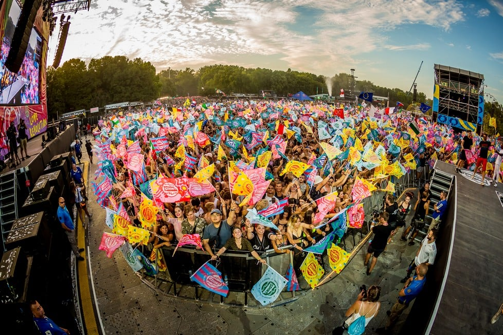 https://cdn2.szigetfestival.com/ci3v2e/f851/tr/media/2019/08/bestof22.jpg