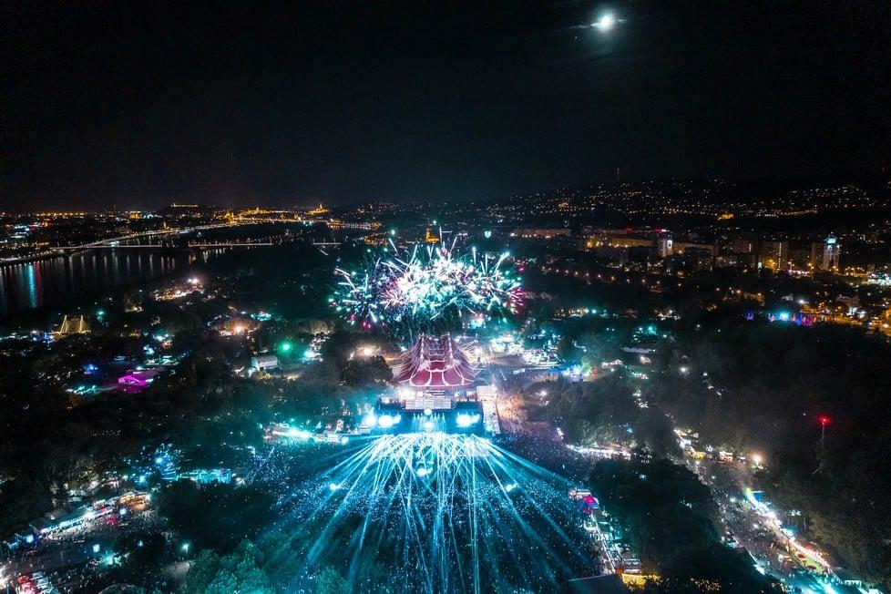 https://cdn2.szigetfestival.com/cgutcp/f851/ua/media/2019/08/bestof9.jpg